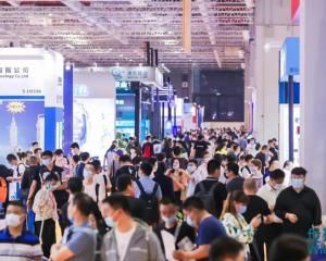 中华环保联合会在上海国家会展中心举办2021世环会,环境中国现场采访